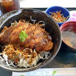 ティグルラパン - 料理写真:ソースカツ丼