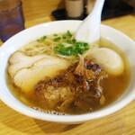 ラーメン屋 游 - 豚そば750円。