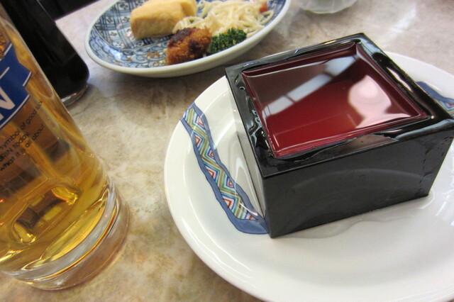 京極スタンド - 樽酒\440