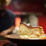 YAKITORI燃WEST - バスクチーズ(食べ友様のお手製)超絶の旨さ!