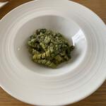 131657058 - インゲン豆とバジリコペーストのブッコリ