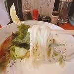 麺や 亀陣 - 限定「アスパラのクリーム白湯」