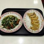 餃子の王将 - レバニラ炒め、餃子