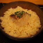 鯛担麺専門店 抱きしめ鯛 - 鯛めし