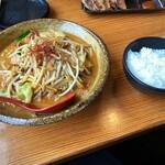 國丸 - 牛モツ味噌ラーメン ライス