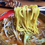 國丸 - 麺リフト