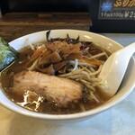 拉麺屋 日昇亭 - 料理写真:もやし炒めラーメン
