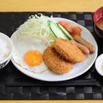 めんふぁん食堂 - コロッケ定食 650円