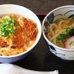 めんふぁん食堂 - かつ丼セット 880円