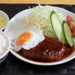 めんふぁん食堂 - ハンバーグ定食 750円