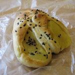メルカート - 薩摩芋ロール(?)