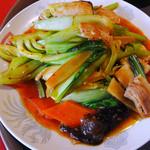 翠園楼 - ランチの青梗菜と肉・イカ炒め