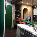 ウニ専門レストラン  unico-co - 『オリヴァヴァ』の店内