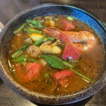 131683091 - 海老と夏野菜のエスニック炒めとガパオライスのスープカレー ¥1,370                       (シーズンカレーメニュー 2020年6月)                       辛さLevel2