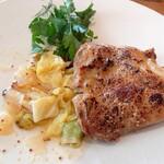 BARBARA EXPO RESTAURANT - 鶏もも肉のスチームグリル ハニーマスタードソース♪