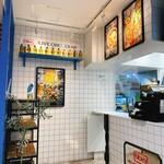 bb.q OLIVE CHICKEN cafe - 店内