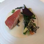 131695451 - 今日のお魚は金目鯛 シャンパンソース