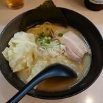 拉麺 浜田屋 - 鶏とん醤油ラーメン