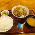 ニュー ニコニコ - 肉豆腐定食