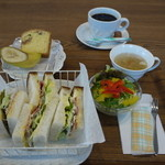 カフェ ブルボン - 料理写真:ランチサンドのセット