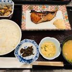 東京和食 文史郎 - たらの照り焼き定食 1,200円