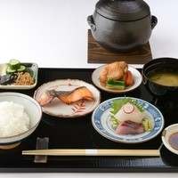 穂々恵み - ランチ 土鍋で炊き上げた『炊き立て白ごはんの定食』