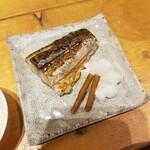 酒と銀シャリ せいす - 塩鯖焼き