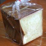 13174349 - デニッシュ食パン 336円