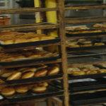 遠藤製パン所 - 中に入るとパンが・・