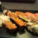 13174708 - うに、炙りとろさば、サーモン、穴子、かんぴょう巻、つぶ貝