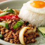タイ料理バル タイ象 - ガパオライス