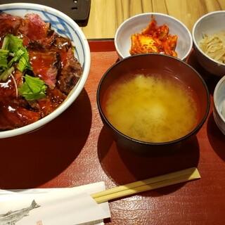 金沢肉食堂 10&10