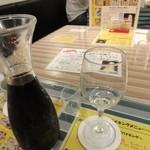 奥乃壱丁目壱番地 - 混雑してきたのでデキャンタでお願い。グラスも安心