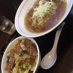 スタミナラーメン がむしゃ - 料理写真:かけラーメンとスタミナ半丼