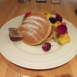 131752298 - 「フルーツたっぷりパンケーキ」