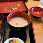 かしわ屋源次郎 博多シティ - 汁物