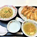 餃子の王将 - 200617水 埼玉 王将 戸田公園五差路店 豚カルビ炒飯&よく焼き餃子×2