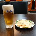 ミラン - 生ビールにはパパドがついてくる350円