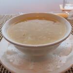 中国料理 皇苑 - 蟹肉のコーンスープ