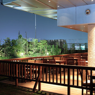 新宿副都心の夜景を望みながらのジンギスカンはいかがですか?