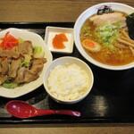 炭火焼肉・中華そば 天膳 - 将 セット