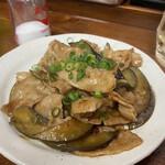 立ち飲み処 - 茄子と豚の辛味噌炒め 300円