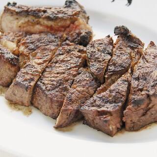 35日熟成の肉肉しい味が魅力