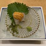季寄せ料理 暖歩 - ・鯛のお造り 雲丹乗せ