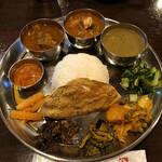131798464 - 2020.6.9  ネパールローカル料理セット