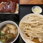駕籠休み - 肉汁うどん小盛り 780円