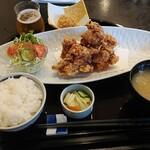 和海味処 いっぷく - 若鶏の唐揚げ御膳