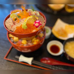 和海味処 いっぷく - 海鮮丼(上)