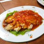 中華料理 哈爾濱 - 鯛の甘酢あんかけ