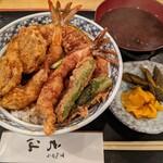 天仙 - 【2020/6】海老野菜天丼(全景)